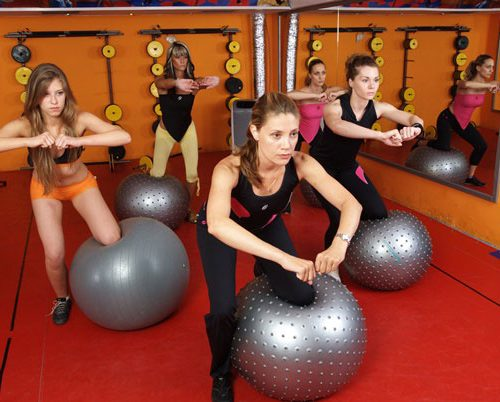 Grupno-individualni treninzi u fitness centru Arena No1 na Novom Beogradu